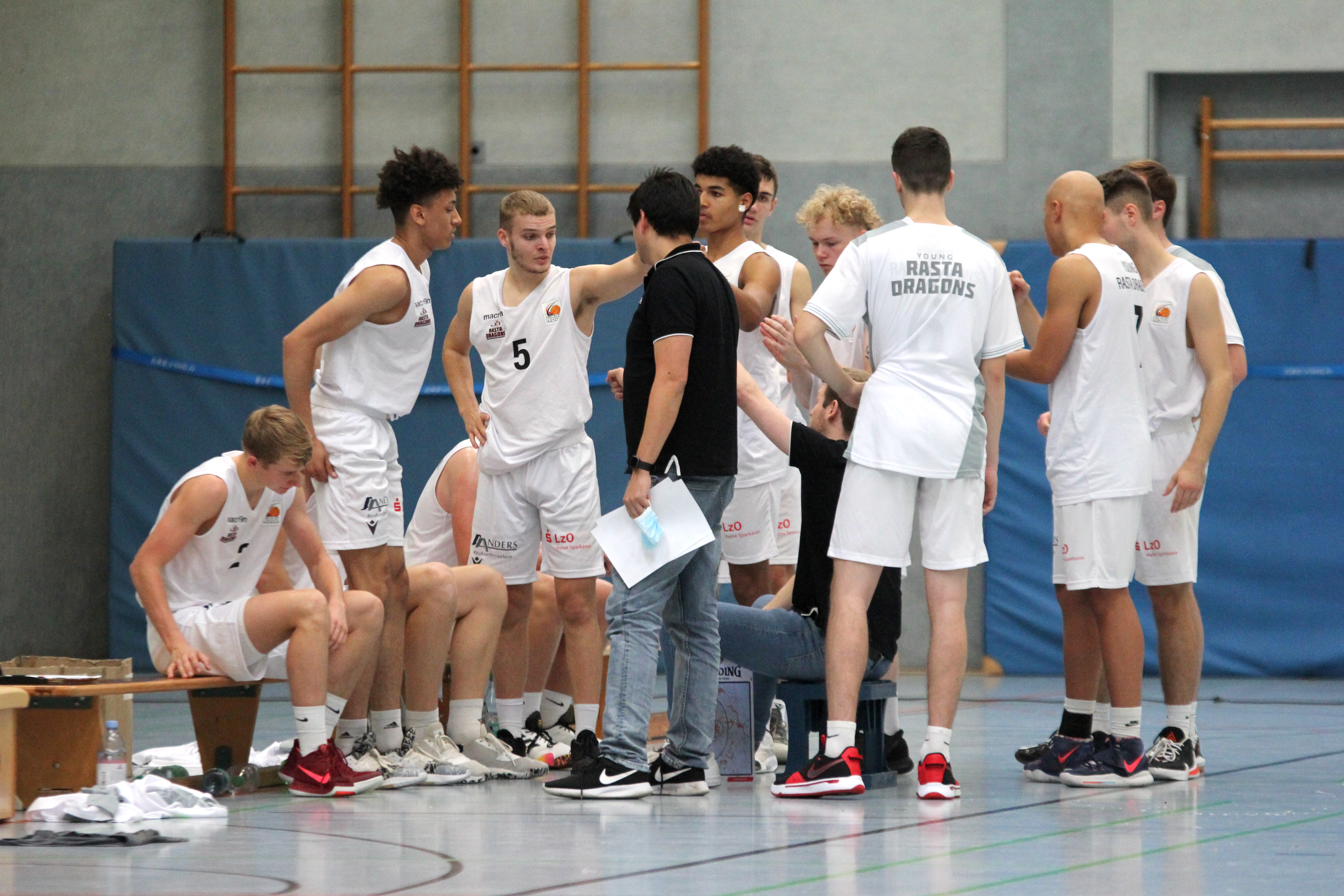 NBBL_20-21_YOUNG-RASTA-DRAGONS_Münster_Spieltag1_Auszeit