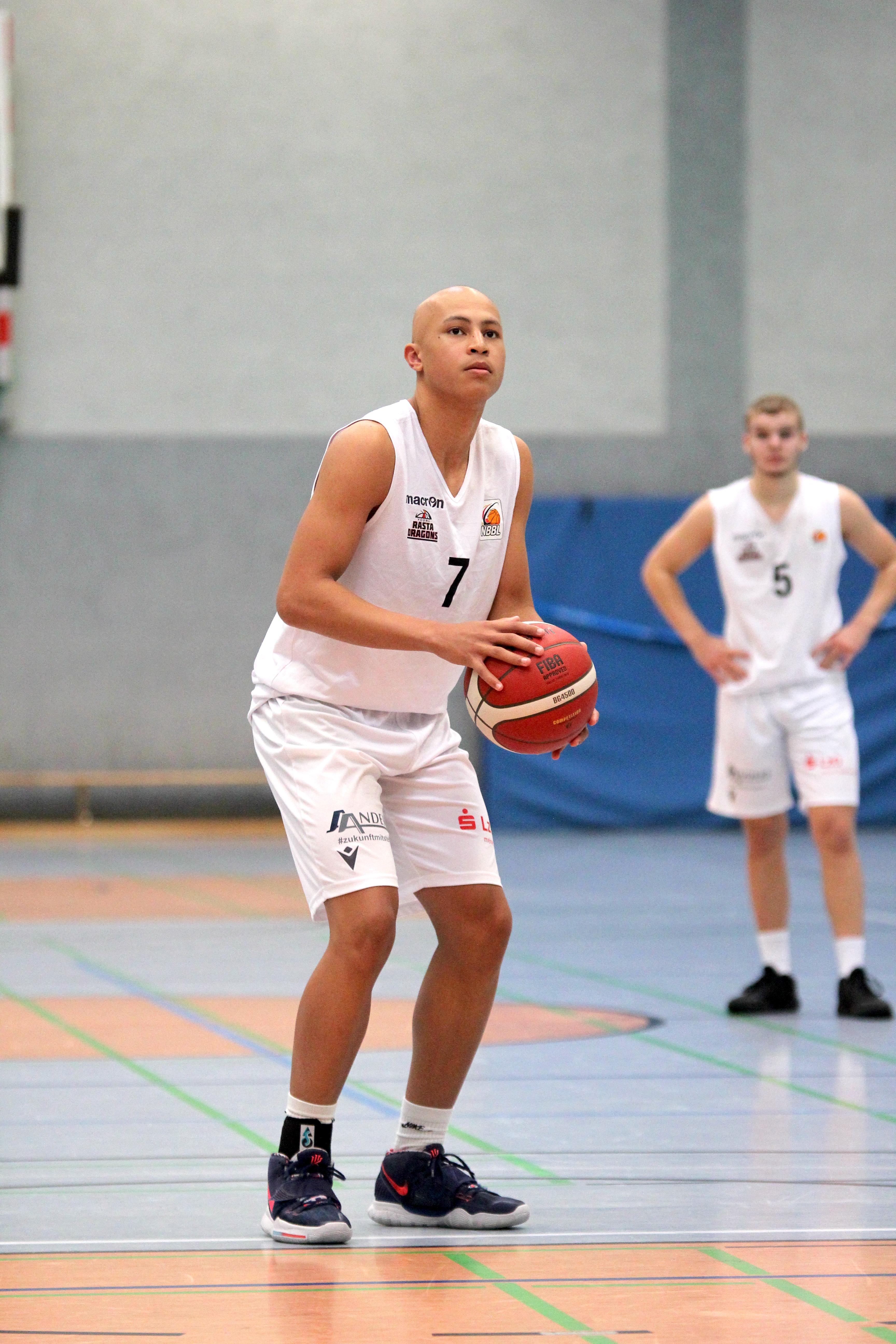 NBBL_20-21_YOUNG-RASTA-DRAGONS_Münster_Spieltag1_Darren-Aidenojie_4