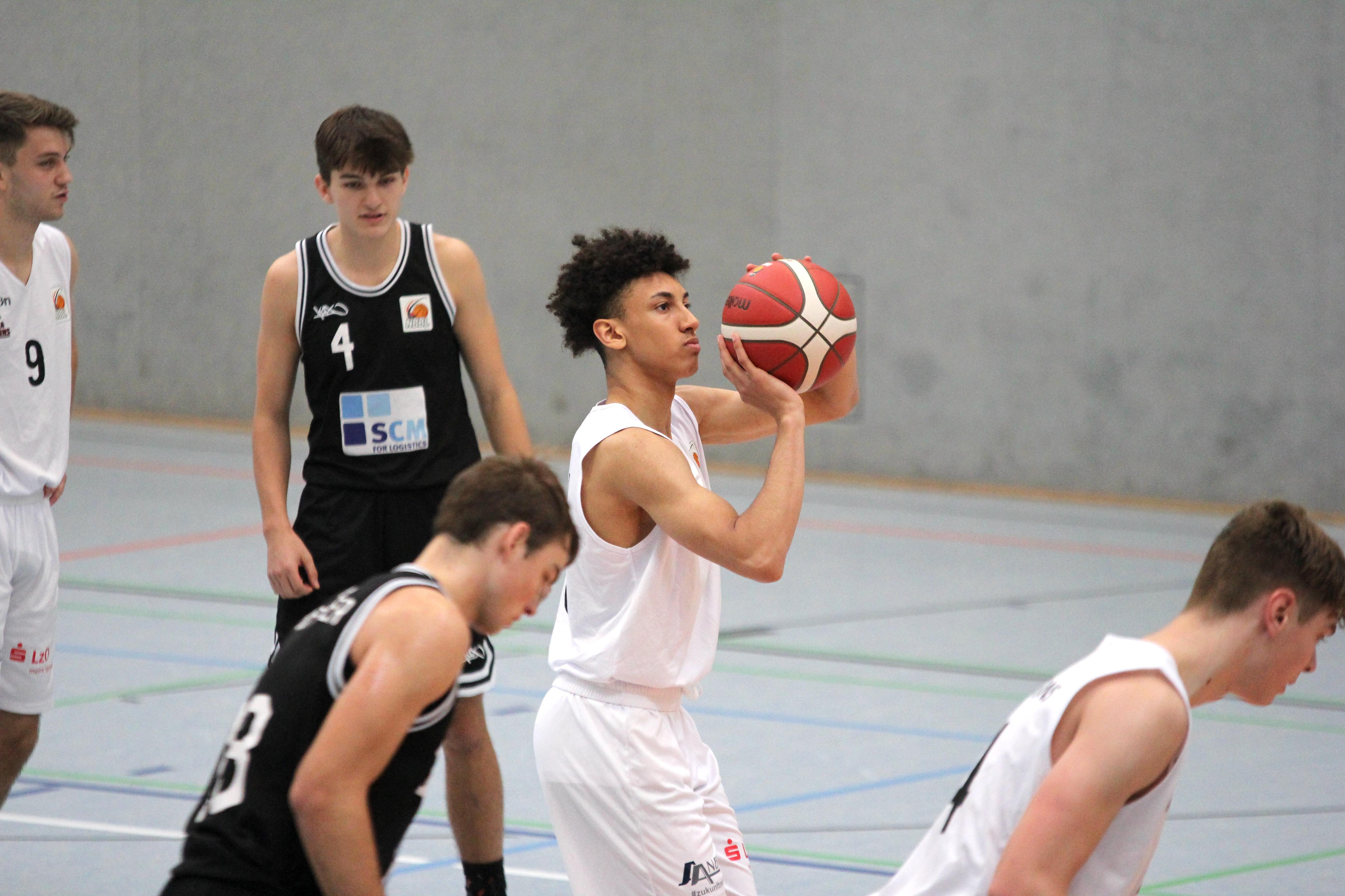NBBL_20-21_YOUNG-RASTA-DRAGONS_Münster_Spieltag1_Justin-Onyejiaka_3