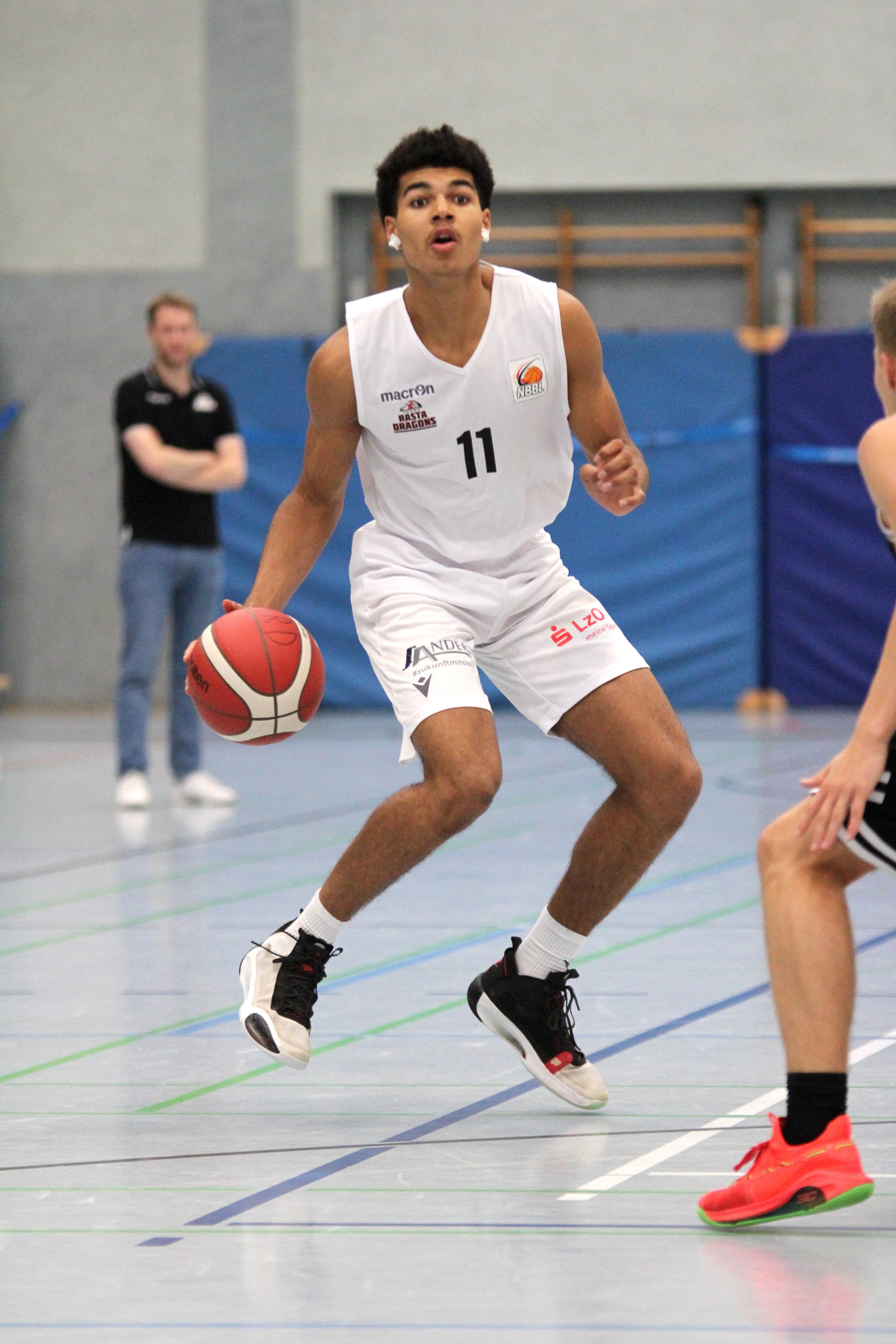 NBBL_20-21_YOUNG-RASTA-DRAGONS_Münster_Spieltag1_Martin-Kalu_11