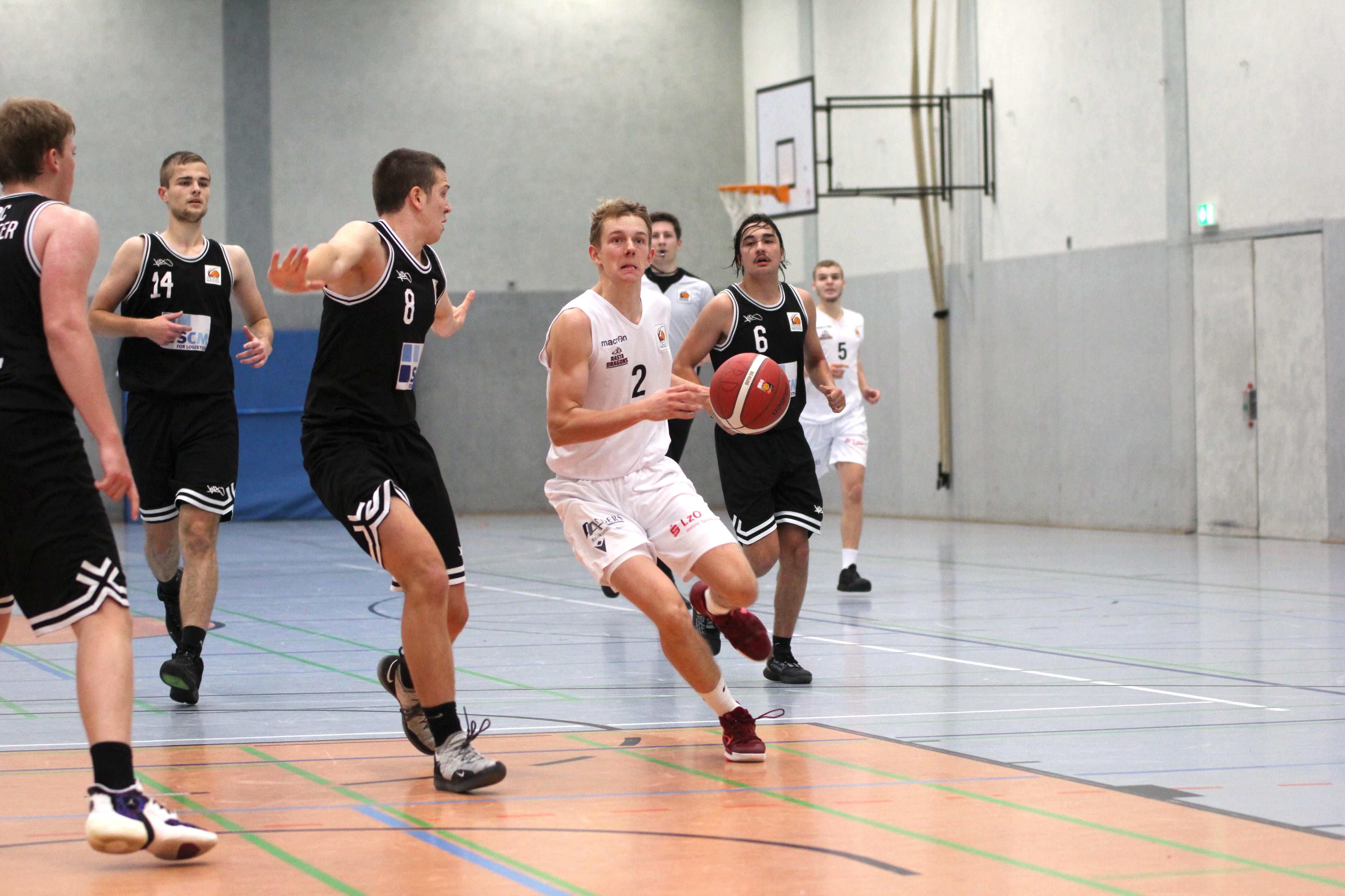 NBBL_20-21_YOUNG-RASTA-DRAGONS_Münster_Spieltag1_Marvin-Moeller_9