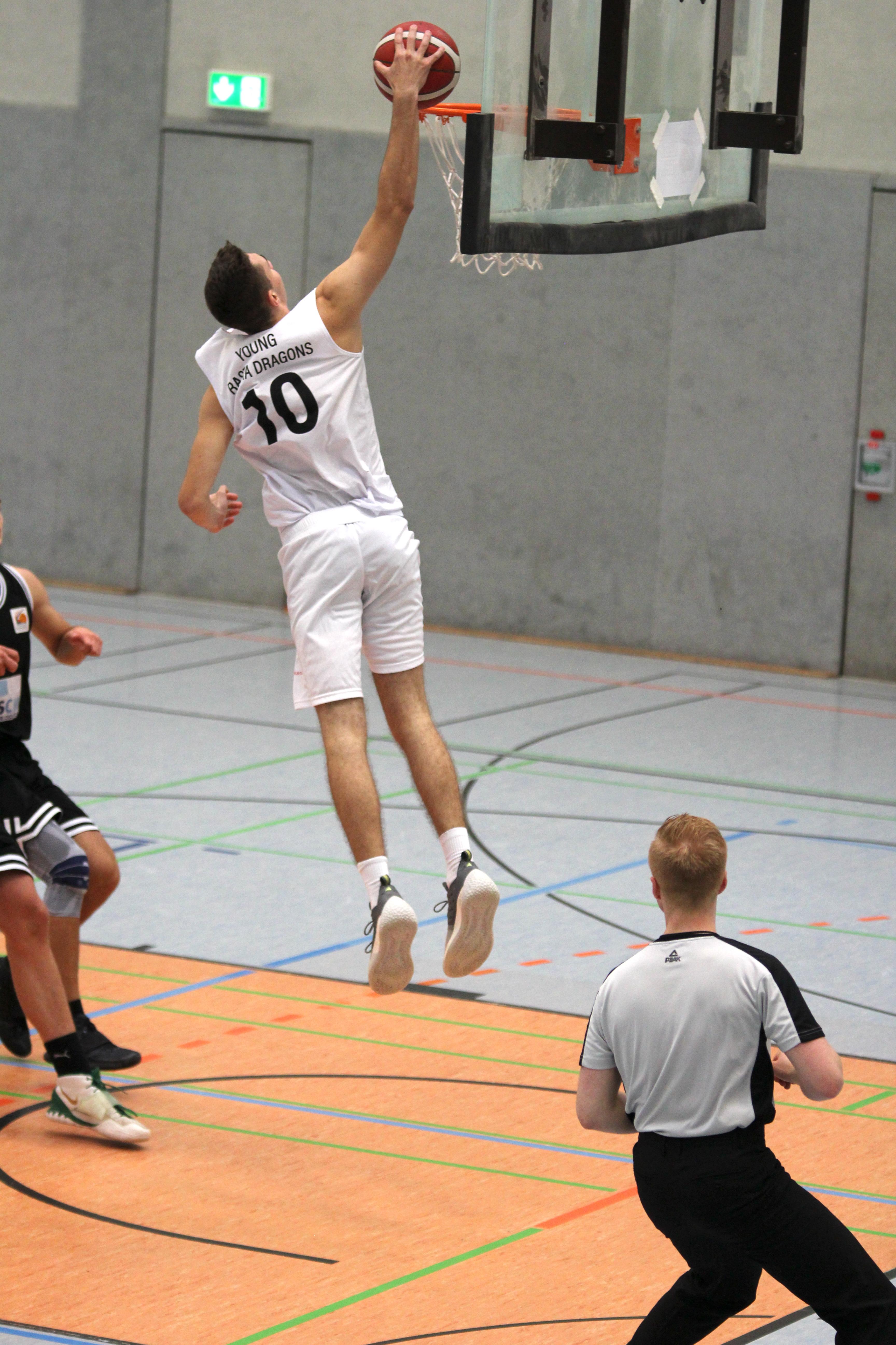 NBBL_20-21_YOUNG-RASTA-DRAGONS_Münster_Spieltag1_Noah-Jänen_11