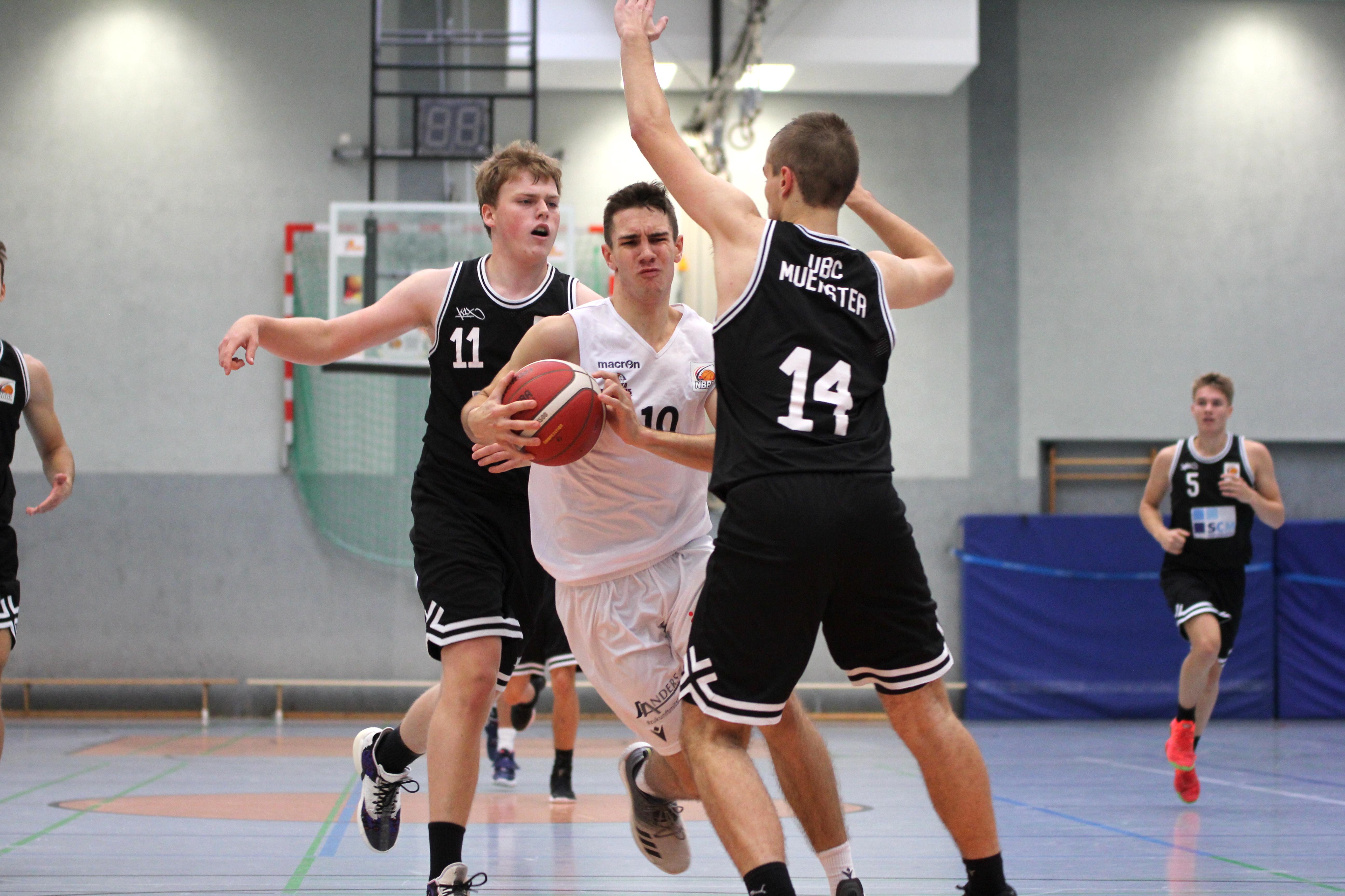 NBBL_20-21_YOUNG-RASTA-DRAGONS_Münster_Spieltag1_Noah-Jänen_4