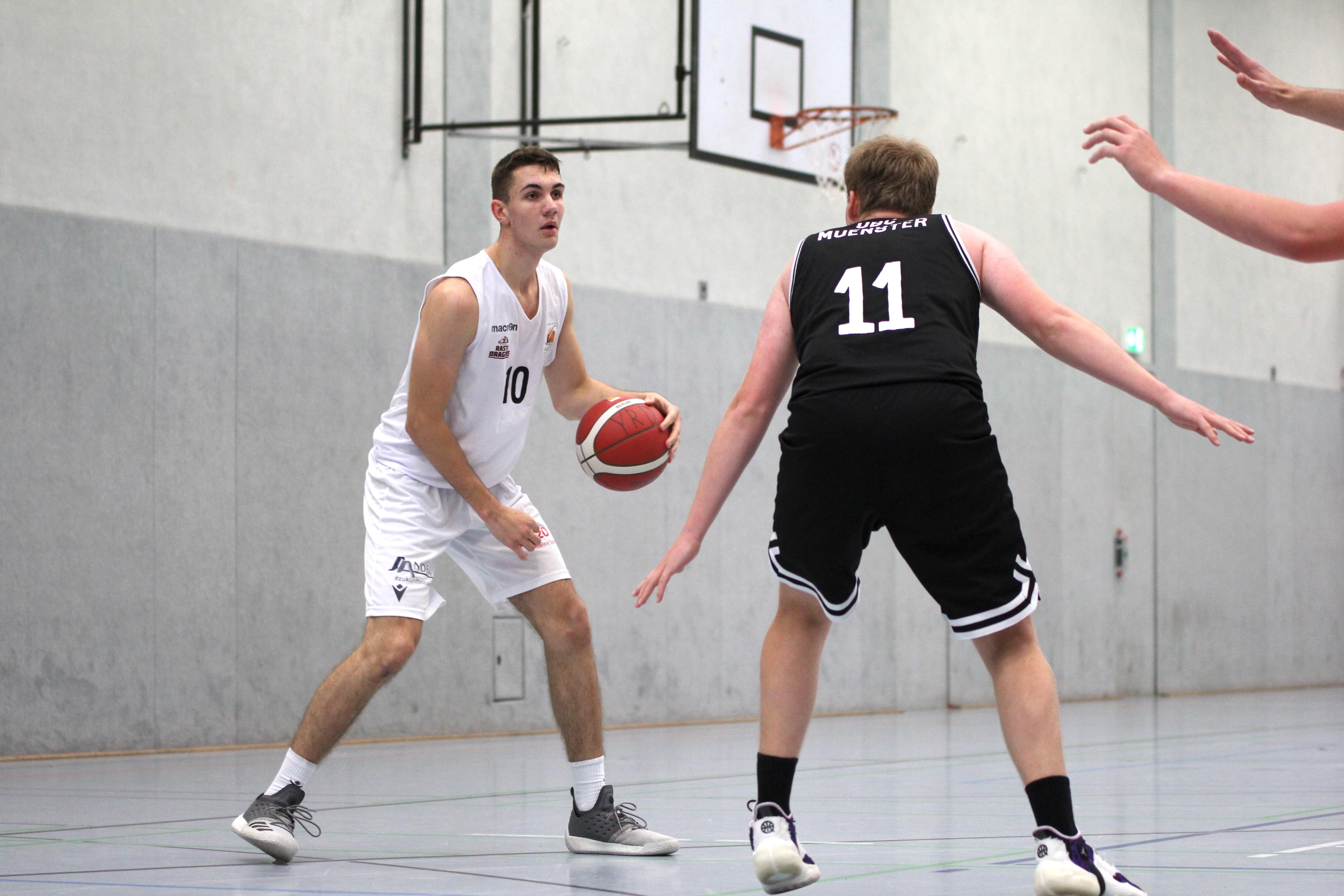NBBL_20-21_YOUNG-RASTA-DRAGONS_Münster_Spieltag1_Noah-Jänen_6