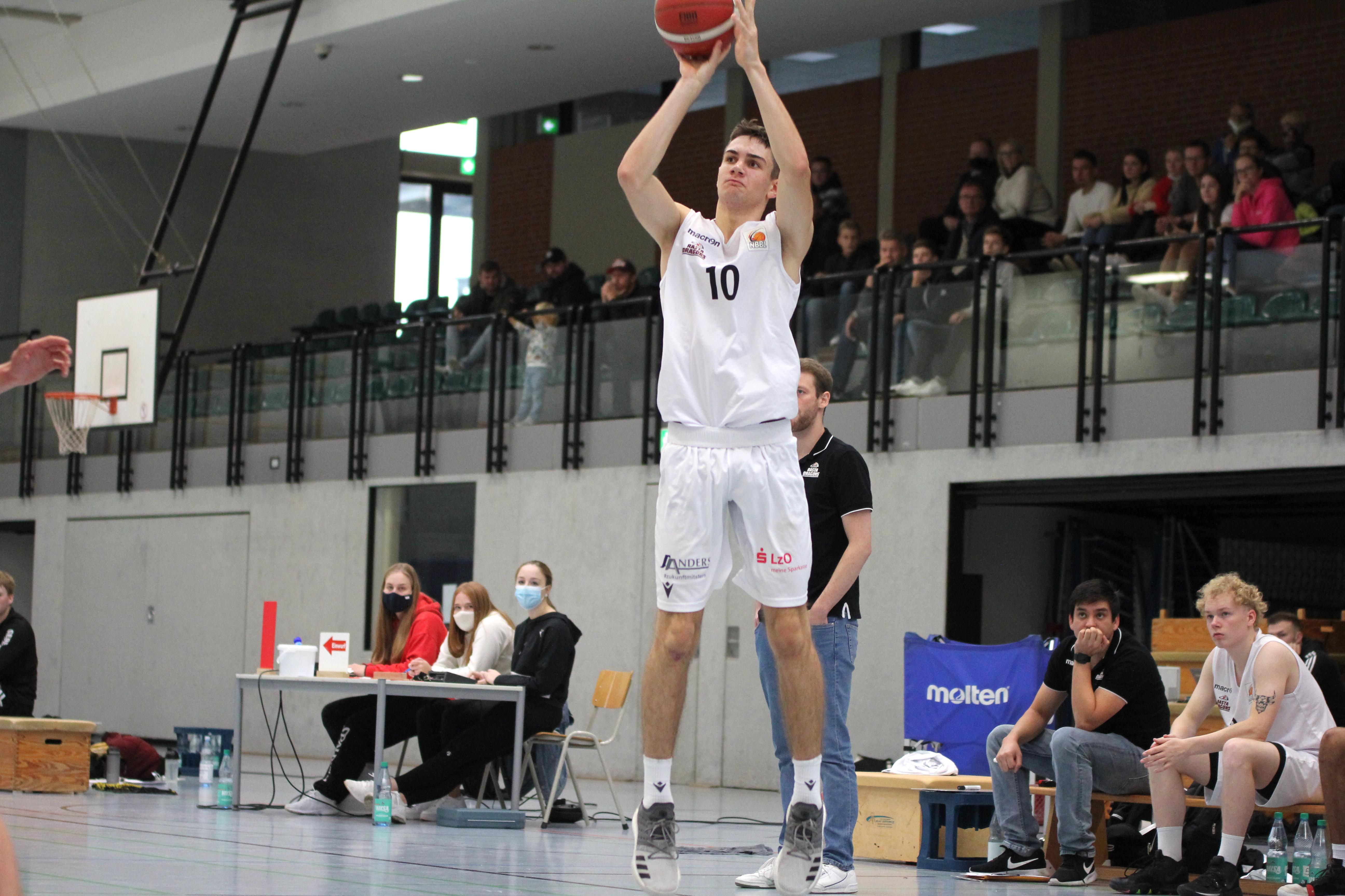 NBBL_20-21_YOUNG-RASTA-DRAGONS_Münster_Spieltag1_Noah-Jänen_7