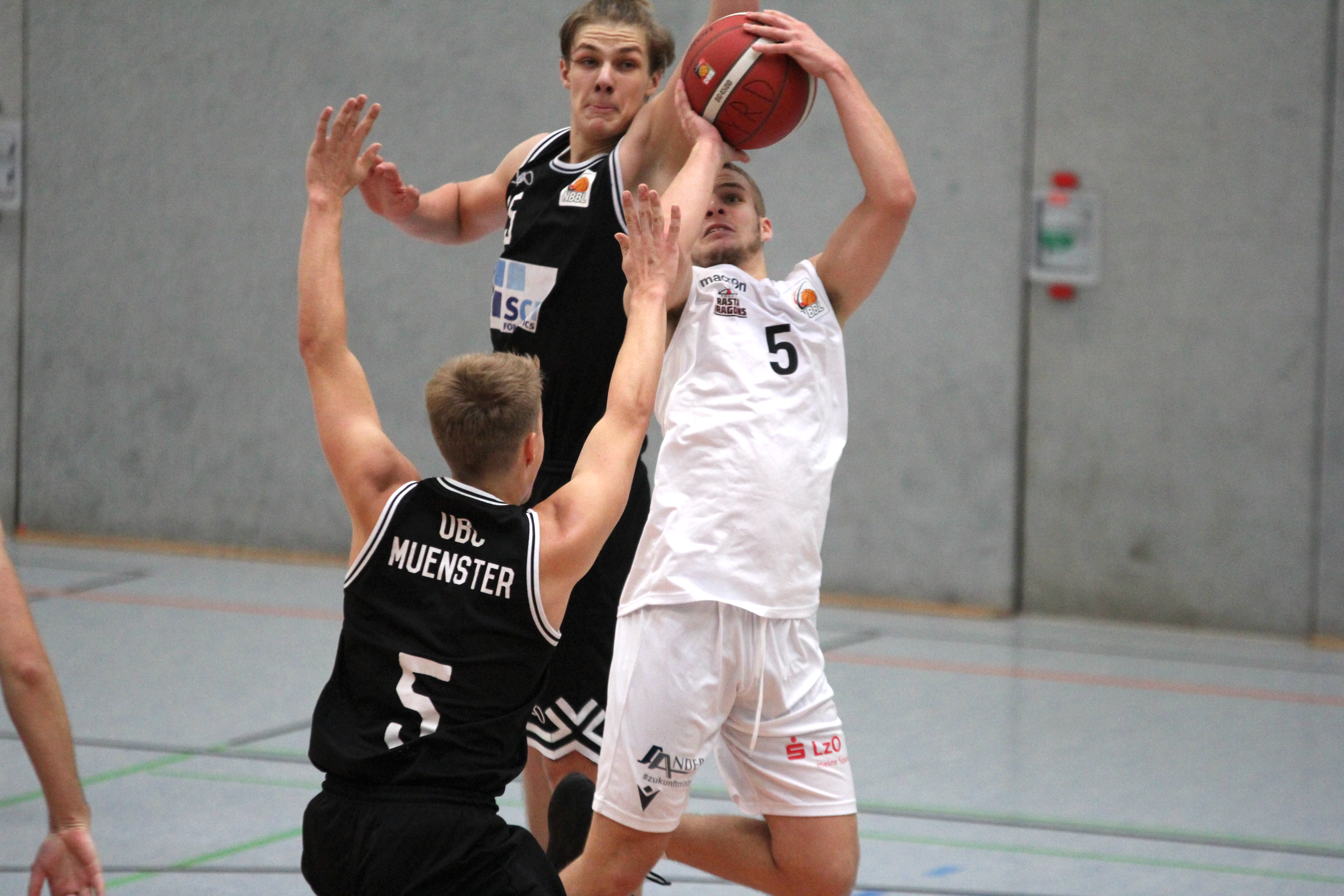 NBBL_20-21_YOUNG-RASTA-DRAGONS_Münster_Spieltag1_Torge-Buthmann_15
