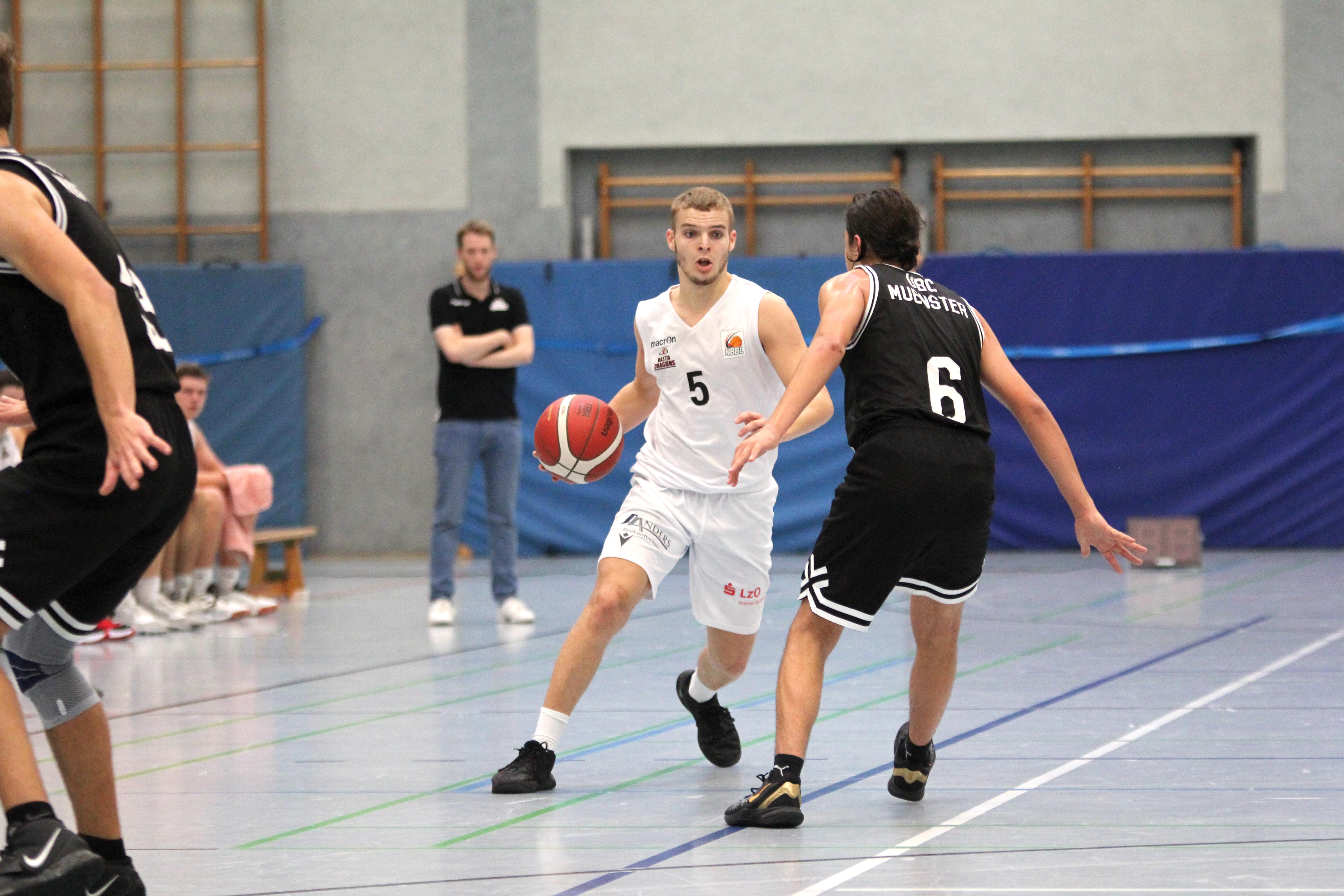 NBBL_20-21_YOUNG-RASTA-DRAGONS_Münster_Spieltag1_Torge-Buthmann_19