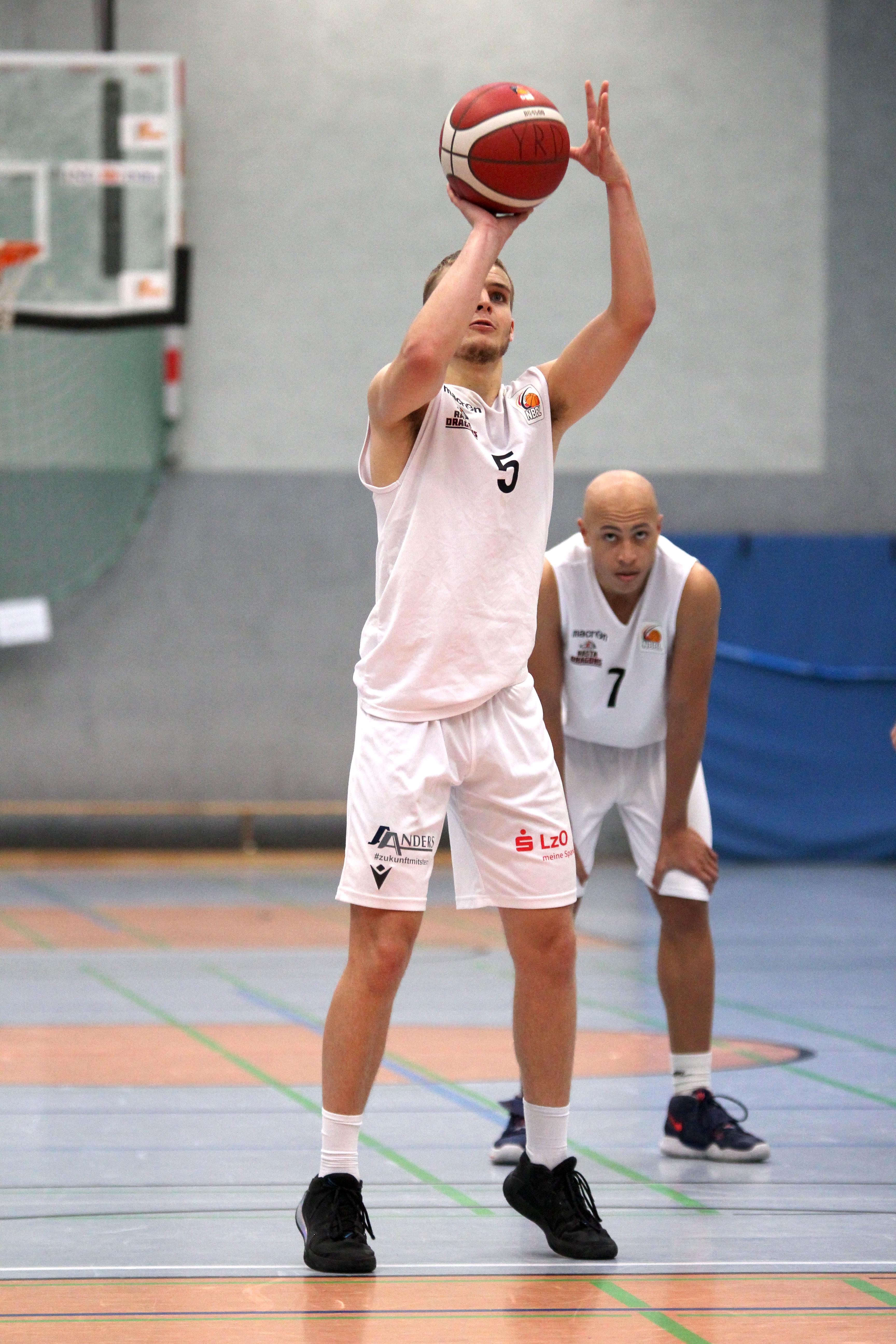 NBBL_20-21_YOUNG-RASTA-DRAGONS_Münster_Spieltag1_Torge-Buthmann_21
