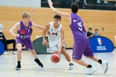 JBBL_20-21GiantsDuesseldorf_Goettingen_Spieltag2_Max-Adamczyk24-3