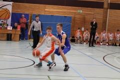 JBBL_19-20_BalticSeaLions_Rostock_Spieltag1_4_krupnikas_offense_7_phillip_defense