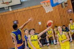 13.10.2019, Oldenburg, Sporthalle Haarenufer: JBBL | EWE Baskets Juniors - Phoenix Hagen Youngsters  //  Jordan ILOANYA (#8 Phoenix Hagen Youngsters/JBBL), Boston SCHROEDER (#8 EWE Baskets Juniors/JBBL)  || Foto: Erik Hillmer