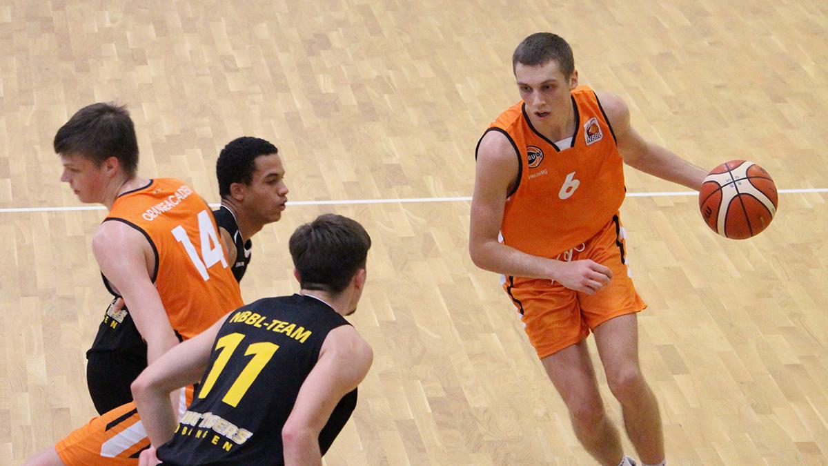 NBBL_19-20_OrangeAcademy_Young-Tigers-Tübingen_Spieltag3_Aleksa-Bulajic