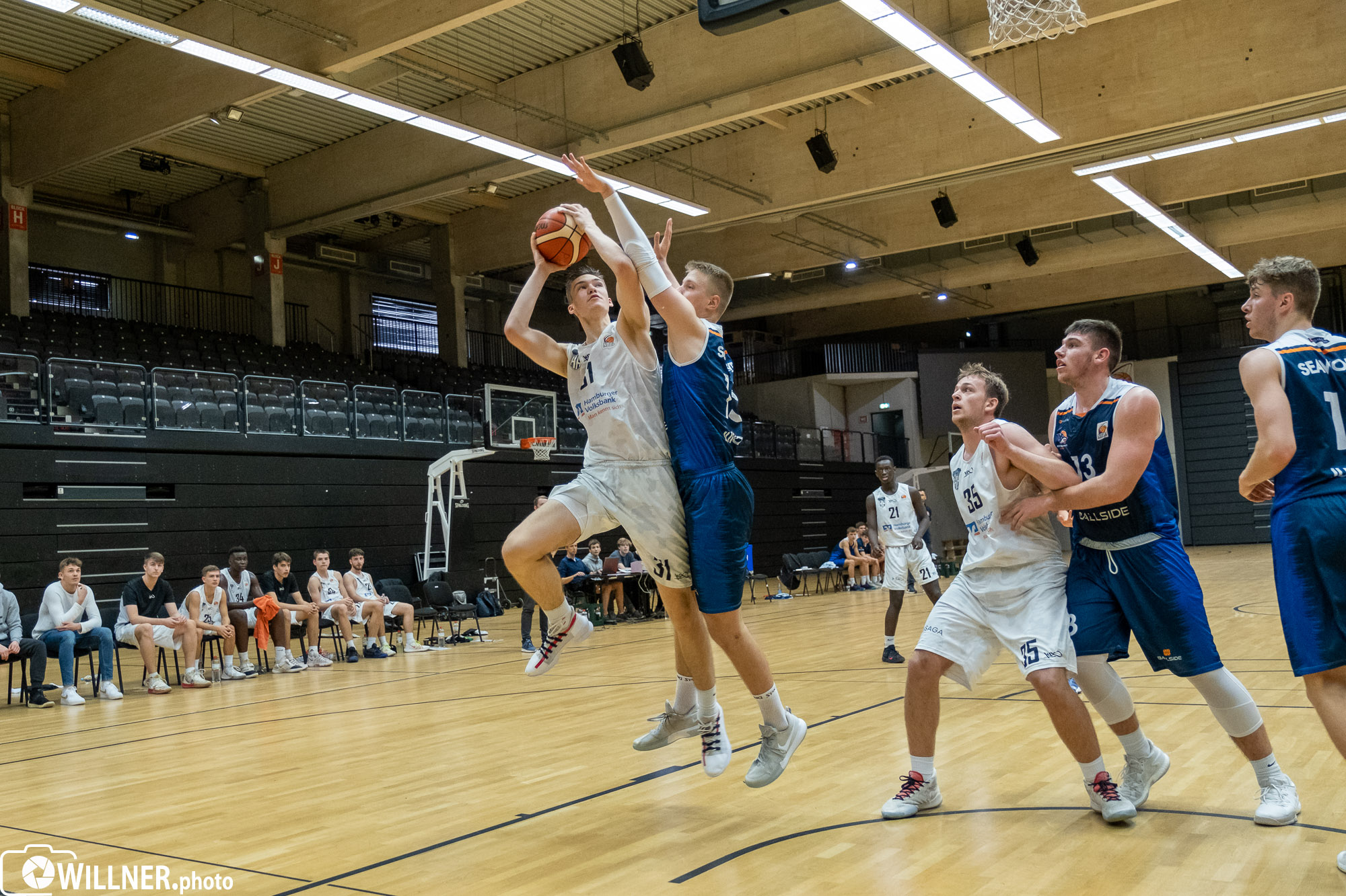 Foto-1-19.10.2019_-Spieltag-2-NBBL-Hamburg-Towers-gegen-Rostock-Seawolves-Youngsters