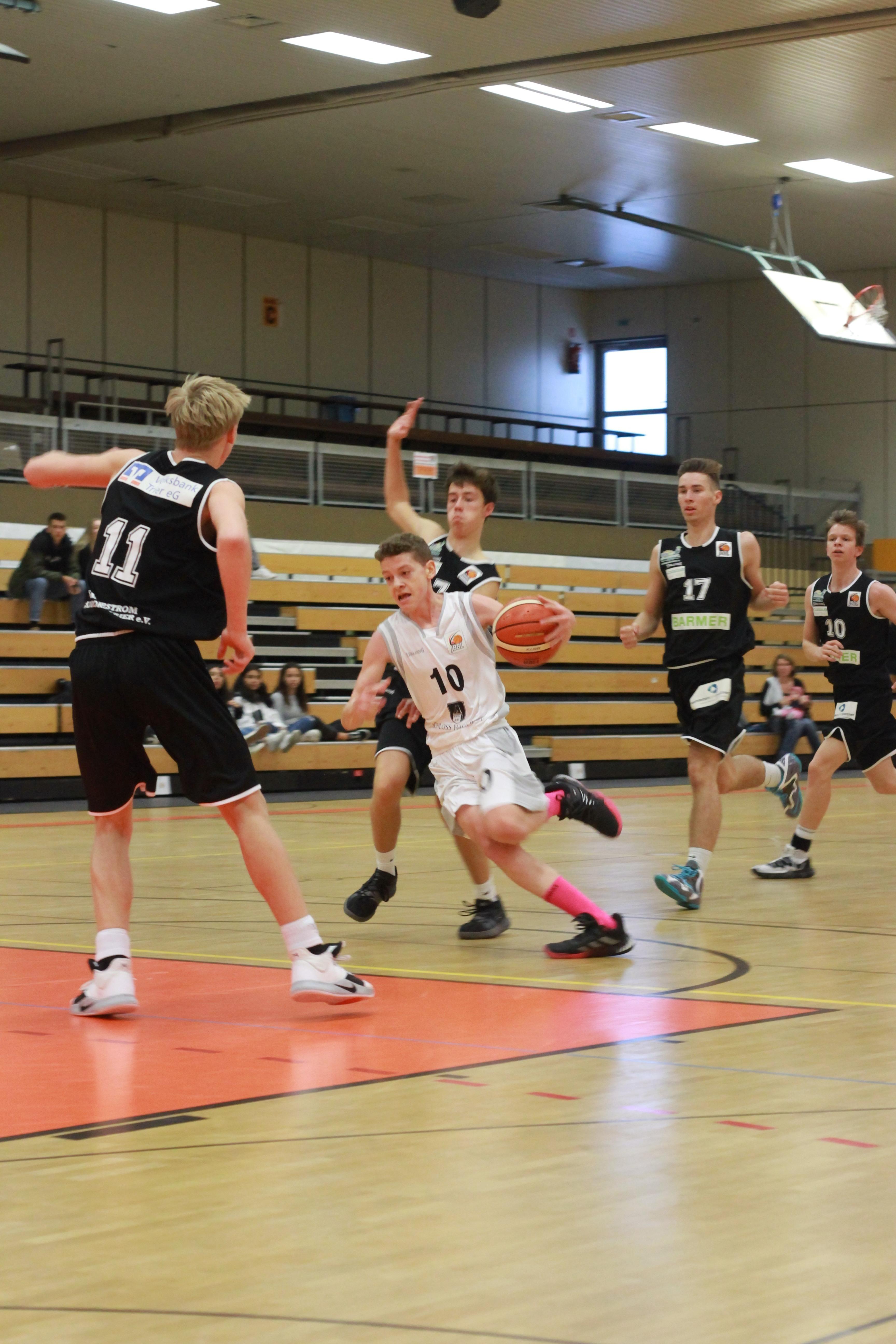 JBBL_19-20_Team_Bonn-Rhöndorf_Youngstars_Trier_2._Spieltag_Jonah_Völzgen