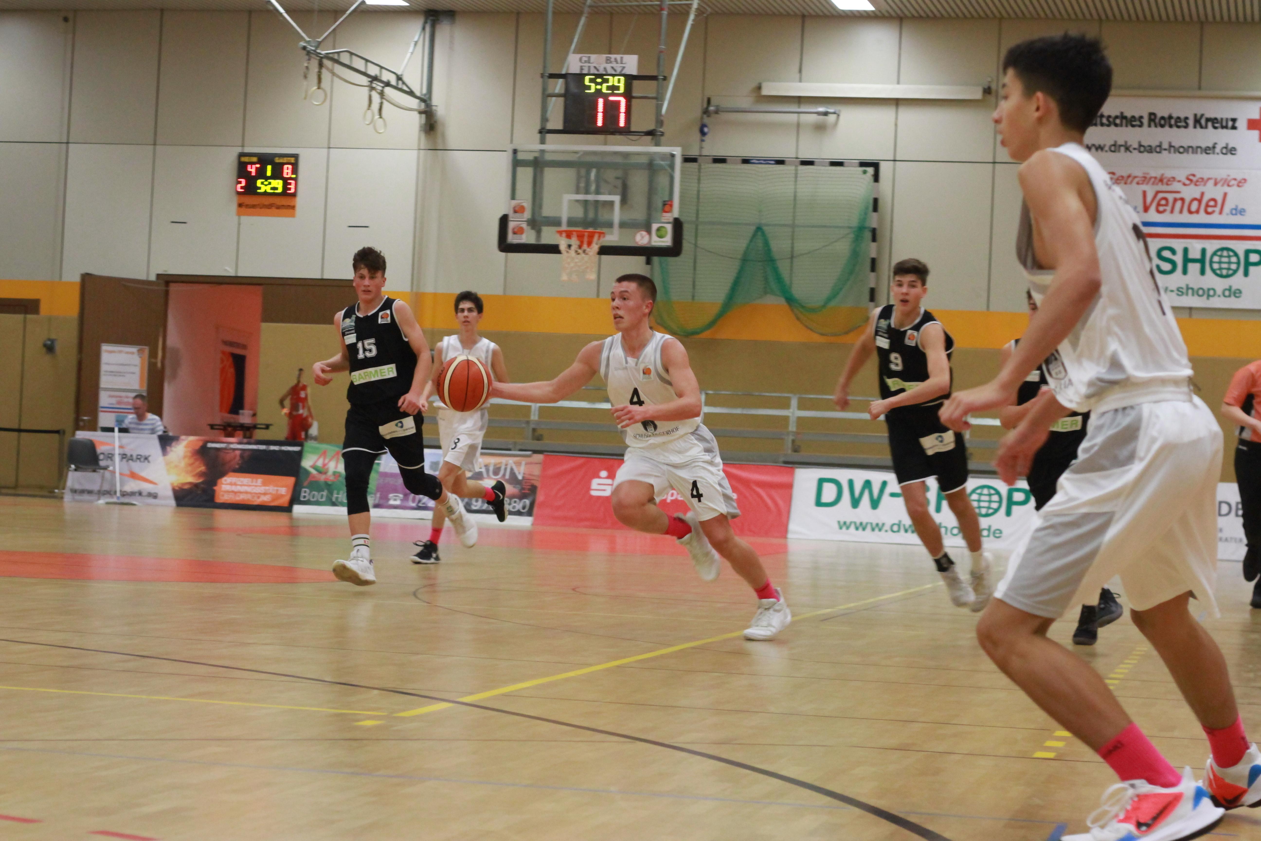 JBBL_19-20_Team_Bonn-Rhöndorf_Youngstars_Trier_2._Spieltag_Leander_Götz