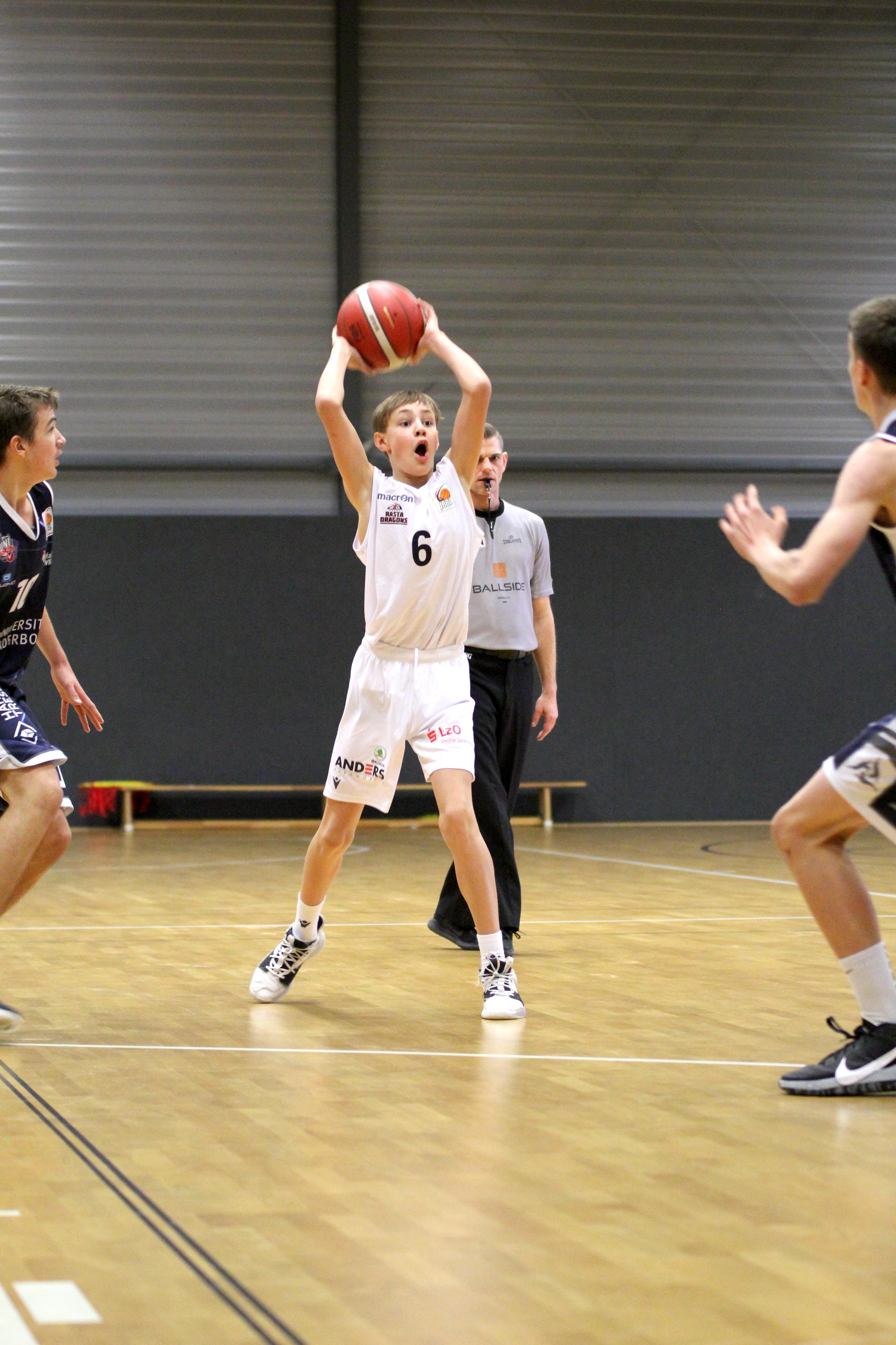 1_JBBL_20-21_YOUNG-RASTA-DRAGONS_Paderborn_Spieltag2_Johannes-Hellmann3
